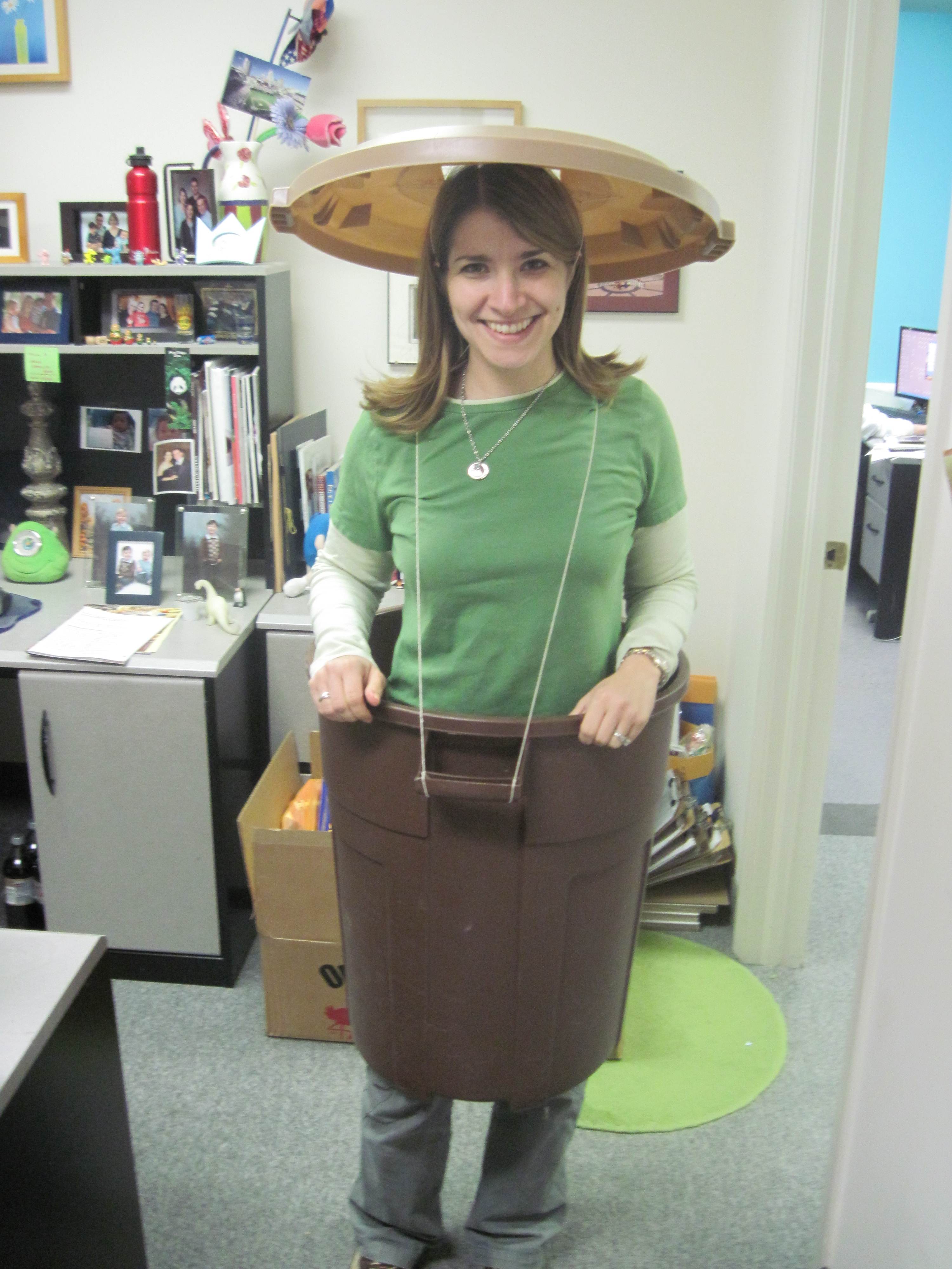 Halloween party ideas do it yourself costumes daily party dish oscar the grouch diy halloween costume solutioingenieria Images