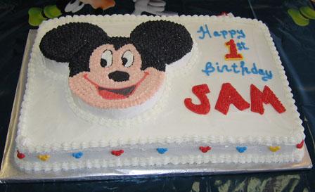 Happy 1st Birthday – a Mickey Mouse theme birthday cake