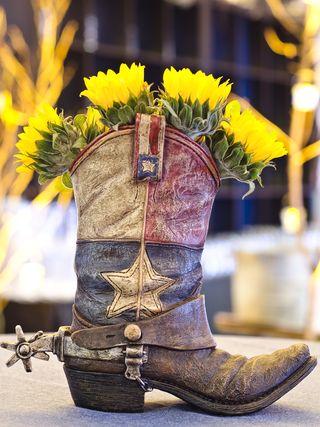 Western theme boot centerpiece