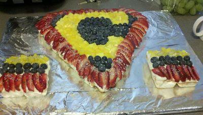 Fancy Fruit Cupcake Cake