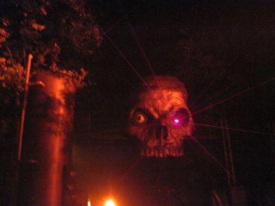 Halloweekends-skull