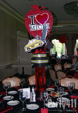 New York Theme Party Centerpieces