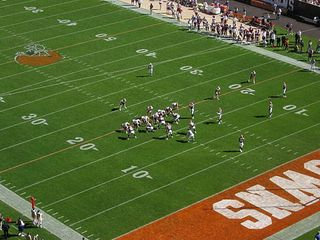 512px-Cleveland_Browns_October_2004