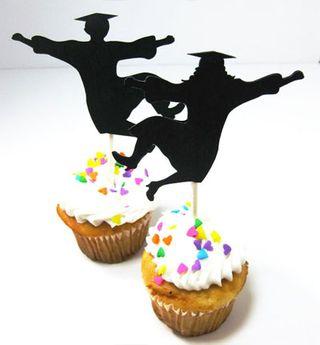 Uniquie Graduation Dessert Ideas