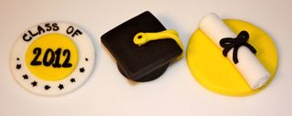 Fondant toppers for graduation