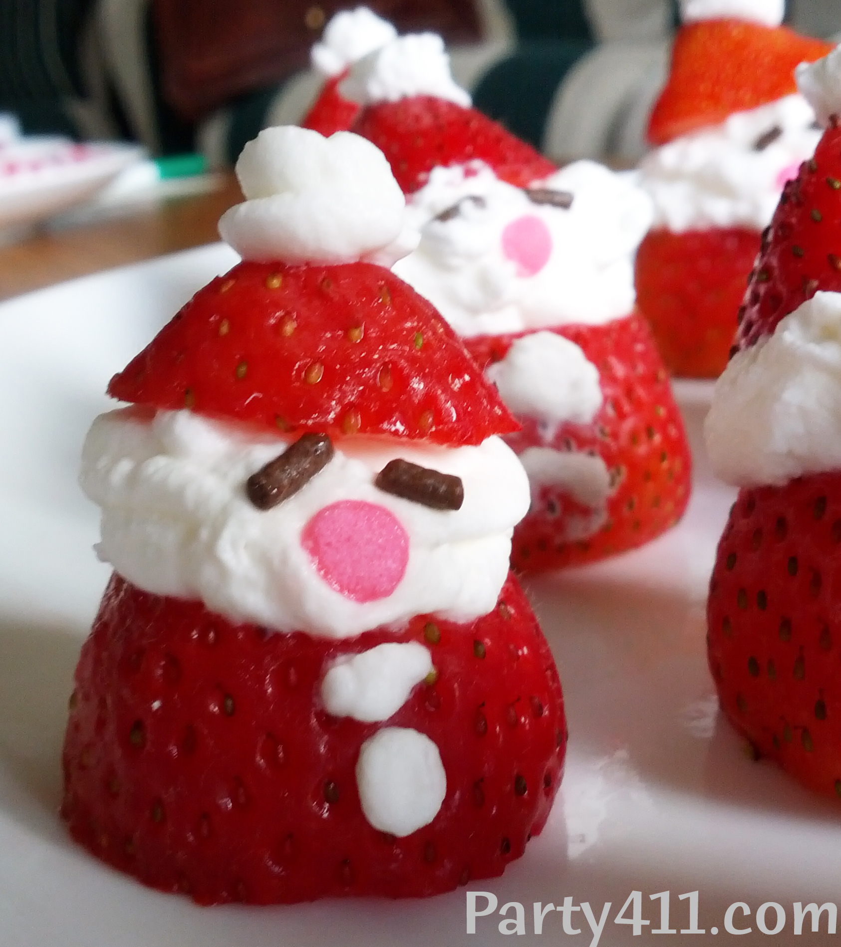 Christmas In July Party Food.Christmas In July Strawberry Santa Dessert Daily Party Dish