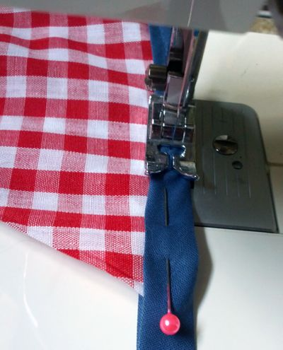 How to sew fabric bunting