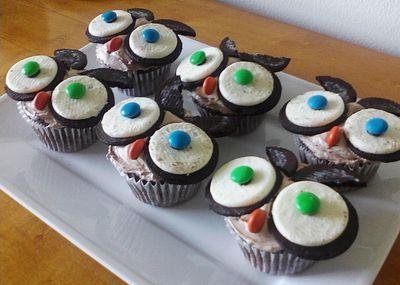 Owl theme cupcakes