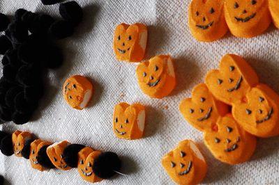 DIY Inexpensive Halloween Decorations