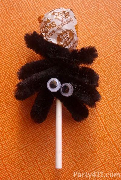 Spider Sucker Halloween Favor Idea
