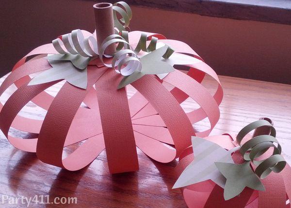 Thanksgiving table decorations paper pumpkin centerpiece for Cheap thanksgiving table decorations