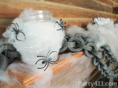 Daily party dish have fun decorating your home this halloween and check out my posts on the diy chain and ghost suckers too solutioingenieria Image collections